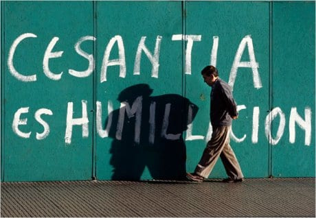 Chile-La economía muestra leves mejoras que reducen el desempleo aunque permanece la cifra de un millón de desempleados