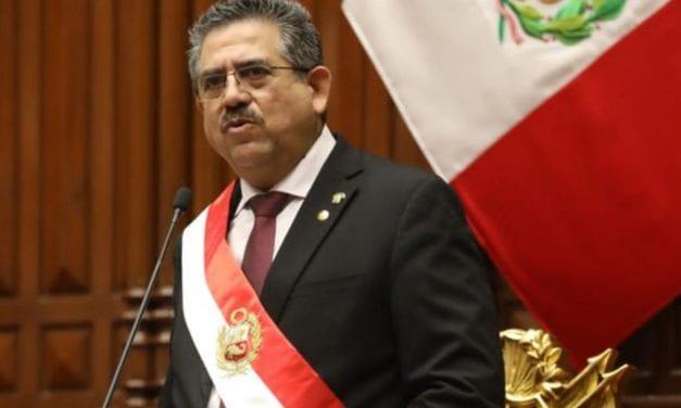 Perú: El Congreso se vería obligado a cambiar al Presidente Merino que el mismo nombró y que los peruanos rechazan