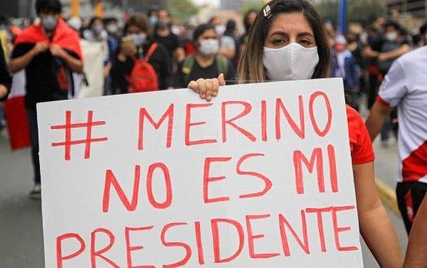 Perú se hunde tras golpe de estado que le dio el Congreso a V izcarra – Manuel Merino es rechazado como Presidemte impuesto