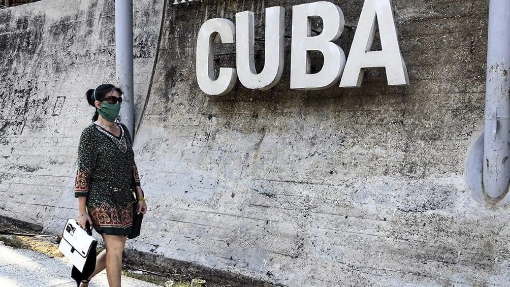 Cuba: Se acaba la revolución socialista y viene una reforma monetaria con aceptación plena del dólar y cobro de impuestos