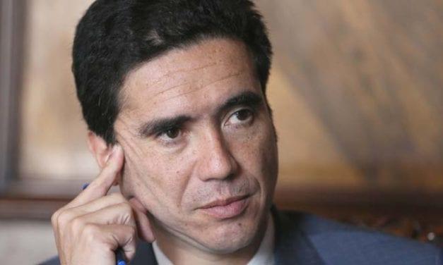 Lunes encuesteril: Lavín sigue como primer presidenciable en medio de la posible irrupción de Ignacio Briones