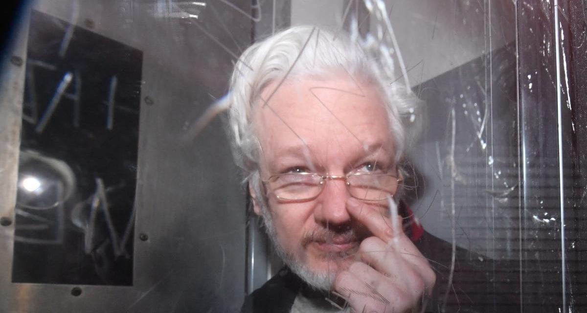 Assange no será extraditado a EE UU lo derterminó la justcia británica evitando que fuera condenado a 175 años por «espionaje»
