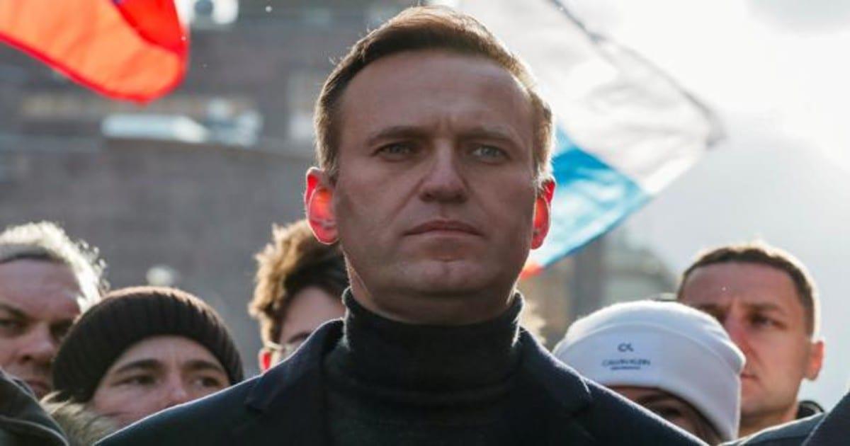 «Justicia rusa» resolvió disolver organizaciones anticorrupción y derechos humanos del máximo líder opositor Alexéi Navalni
