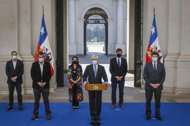Ministros confirmaron debilidad del Gobierno de Piñera a través de carta «de apoyo» enviada y publicada por la prensa