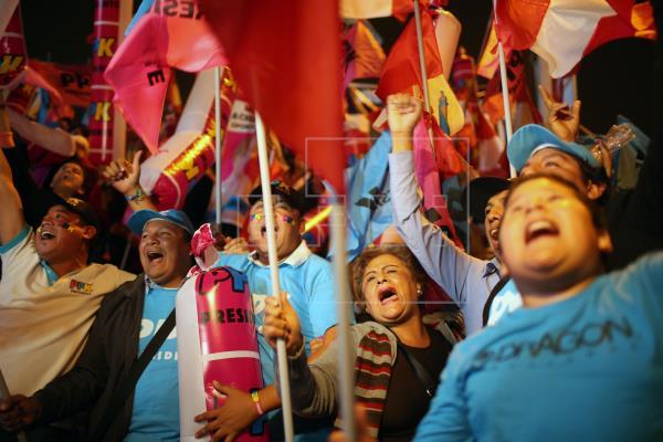 Los pobres del Perú esperan su redención