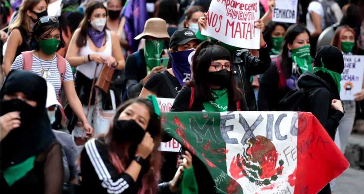 Locura en México: Las mujeres se tomaron el feminismo en serio- hay 4.217 candidatas para jefas municipales y gobernadoras