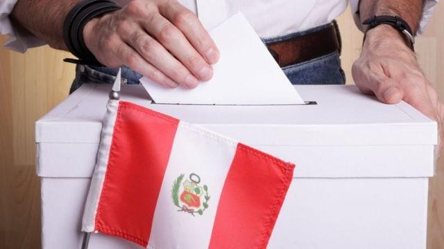 Perú: Fujimori gana entre los ricos y Castillo es el candidato de los pobres