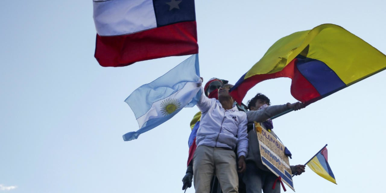Chile y Colombia, similitudes y diferencias de una violencia desmedida y peligrosa para la democracia