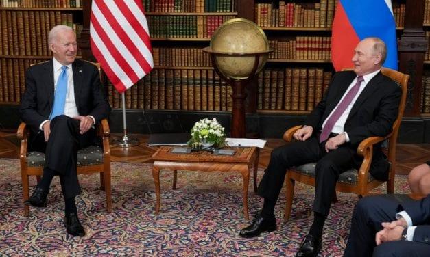 Con apretón de manos y sin grandes debates terminó cumbre Biden-Putin en Ginebra – Duró sólo tres horas