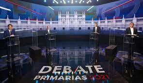 Boric y Jadue se sacaron «los trapitos al sol» en lento y aburrido debate en CNN