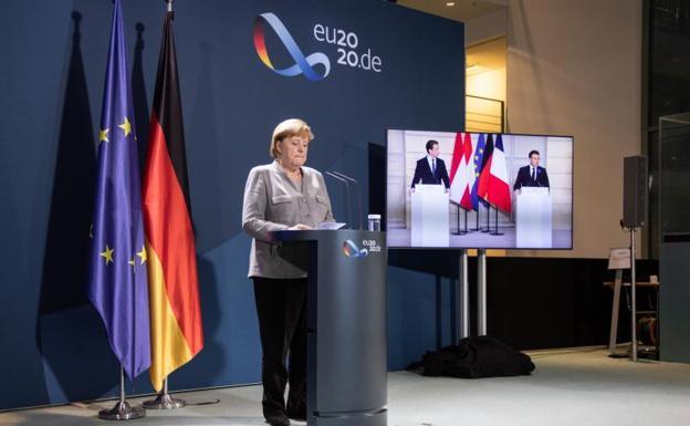 En Europa cae el gobierno sueco, hay líder que reemplazaría a Merkel y en Francia hay cansancio de ir a votar como en Chile
