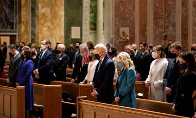 Biden, o deja de apoyar el aborto o no podrá recibir más la comunión católica – ¿Decisión de los obispos estadounidenses?