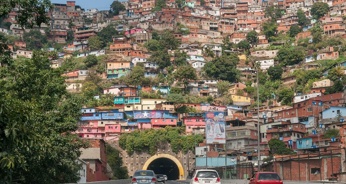 Caos total en Haití: No está claro quién es el presidente interino: Claude Joseph o Ariel Henry