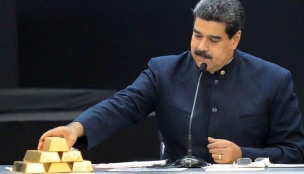 Mil millones en lingotes de oro depositados en el Banco de Inglaterra se disputan Maduro y Guaidó