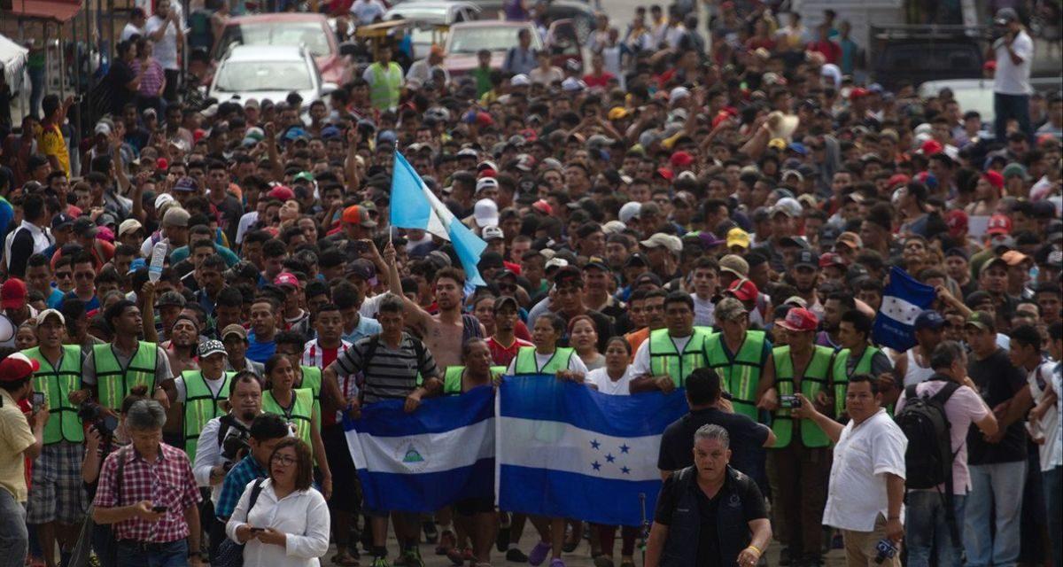 No hay solución para unos 300 refugiados centroamericanos en la frontera entre Guatemala y México