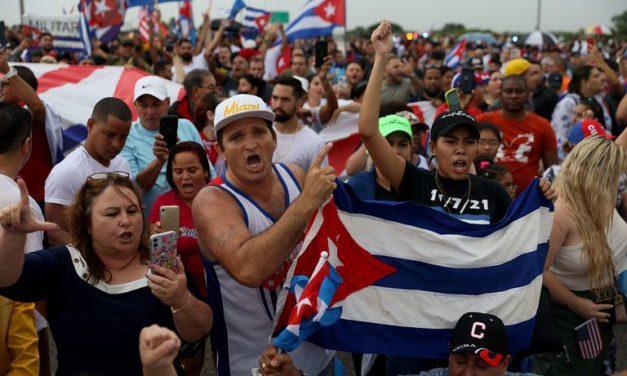 La muerte de ocho generales de alto rango en Cuba tras el estallido social de julio origina una serie de rumores