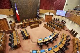 Para 5 cupos en el Senado en la Región Metropolitana hay 29 candidatos ya inscritos