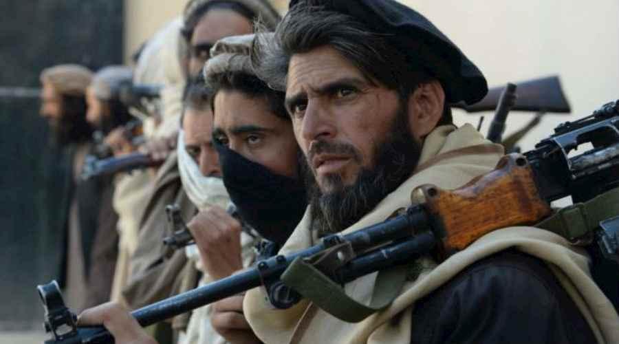 La historia se repite: Rusia fortalece su base militar en Tayikistán por crisis afgana