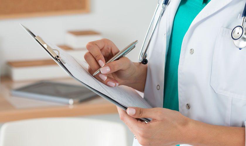 Aumentan en Chile las licencias médicas fraudulentas que están hundiendo los sistemas privados y estatal de salud